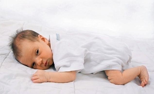 trẻ chậm lớn do bị thiếu hụt canxi