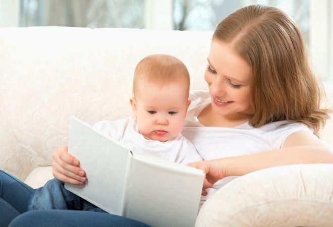 đọc sách cho trẻ