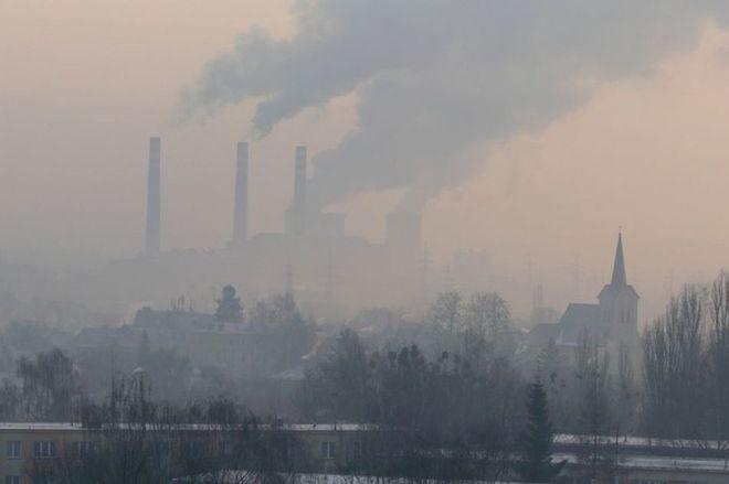 ô nhiễm môi trường gây ra viêm phế quản ở trẻ sơ sinh