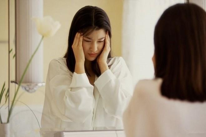 thuốc tránh thai khẩn cấp gây đau đầu chóng mặt