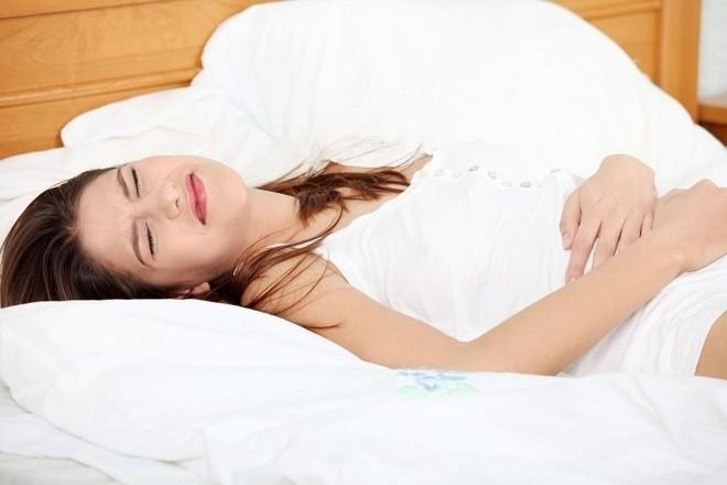 phá thai bằng thuốc gây đau bụng