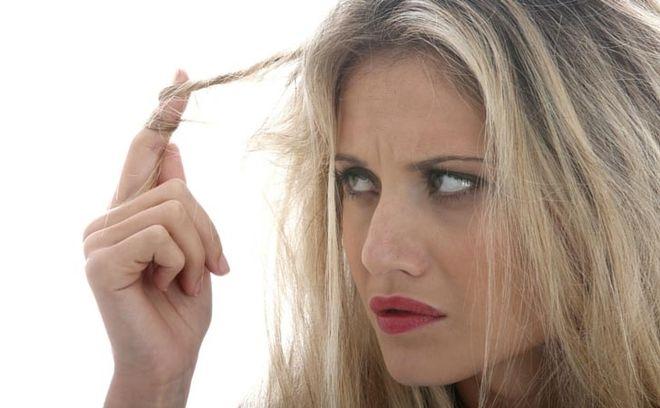 tóc xơ và gãy rụng hơn khi bà bầu duỗi tóc