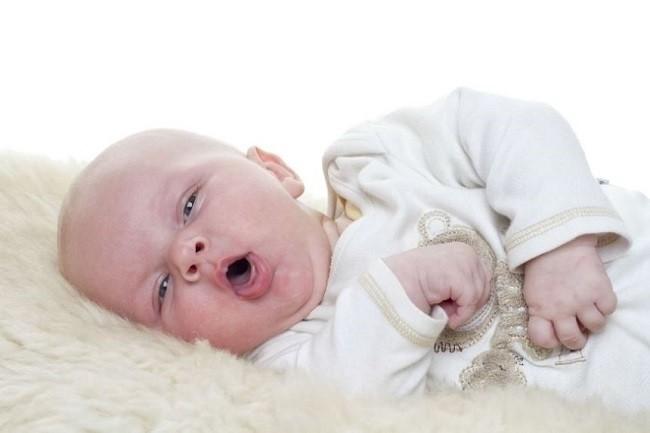 trẻ ho nhiều về đêm bị mất ngủ