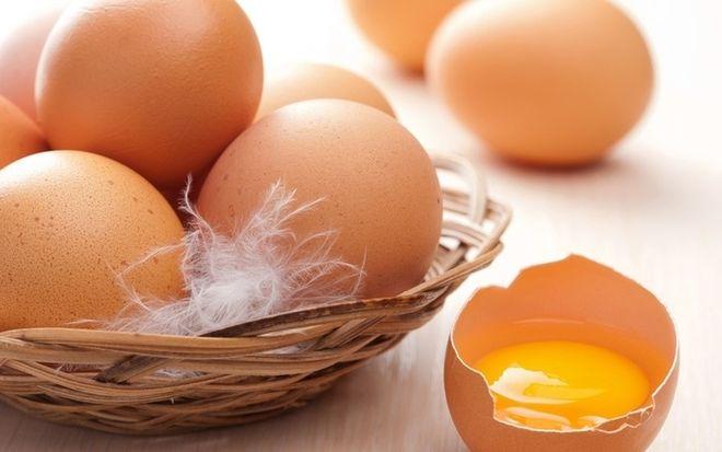 lòng đỏ trứng gà