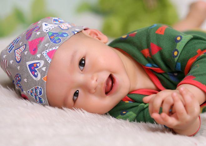 dạy trẻ 7 tháng tuổi