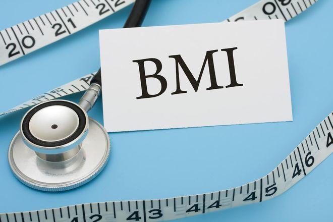 Các chuyên gia sẽ dựa vào chỉ số khối cơ thể (BMI) để tính xem bạn có bị thiếu cân hay không