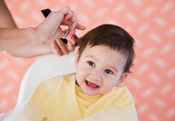 Góc dành cho mẹ: Mẹo làm đẹp cho bé trai sơ sinh 1