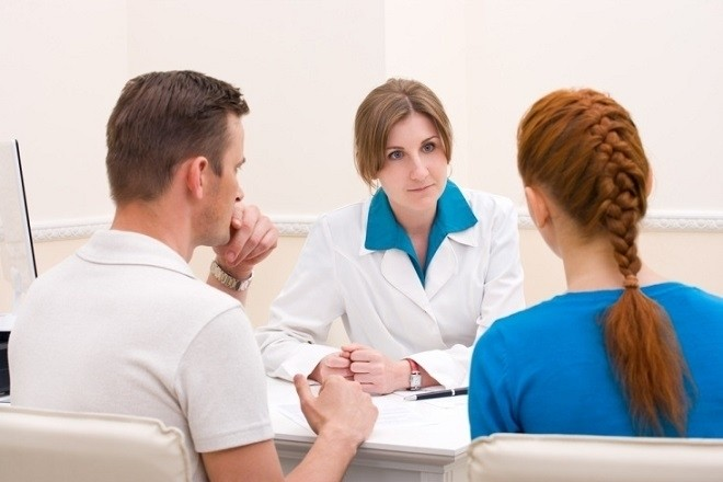 tham khảo ý kiến bác sĩ khi muốn nạo phá thai