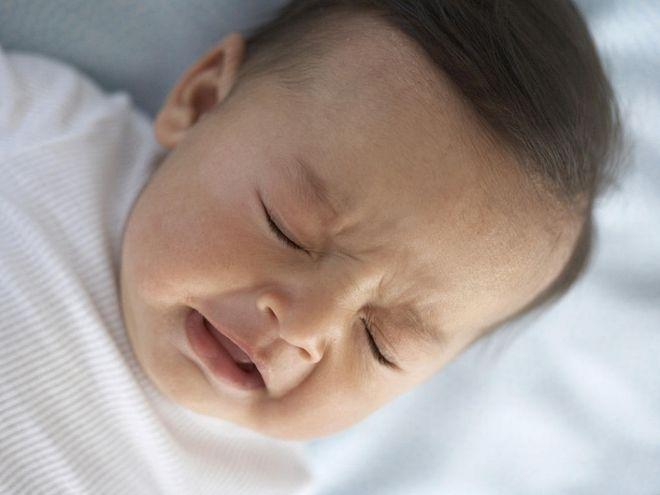 trẻ sơ sinh bị ho nhẹ