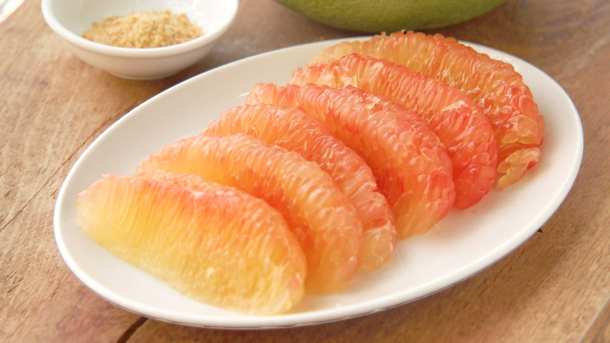 Bưởi là loại trái cây phổ biến với nhiều công dụng tuyệt vời
