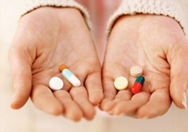 uống thuốc sau đặt vòng theo quy định bác sĩ