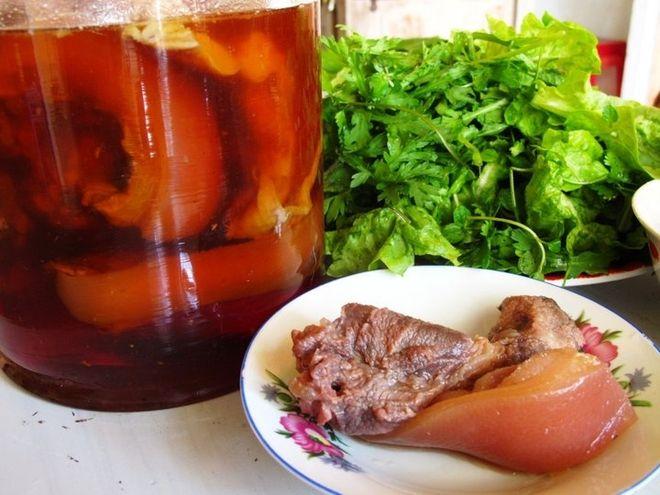 Thịt ngâm nước mắm trong hũ thủy tinh sau 1 tuần có thể ăn