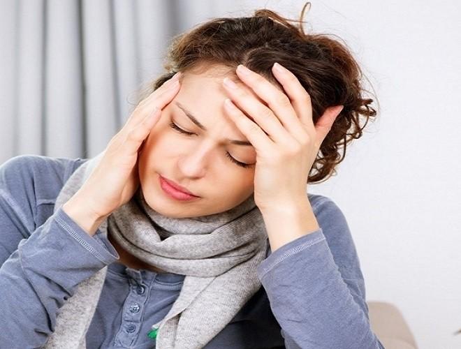 đau nửa đầu do tác dụng phụ của thuốc tránh thai