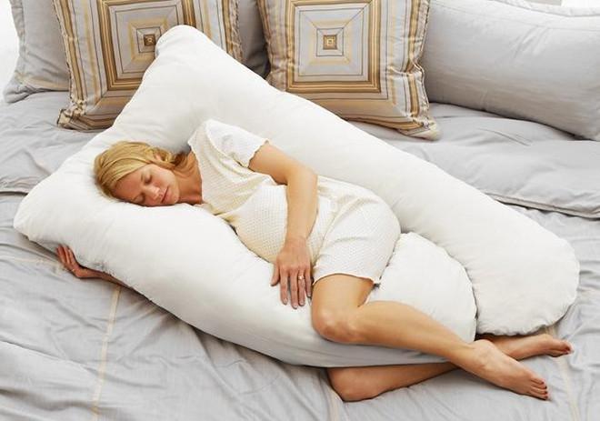 chăm sóc phụ nữ mang thai từ giấc ngủ