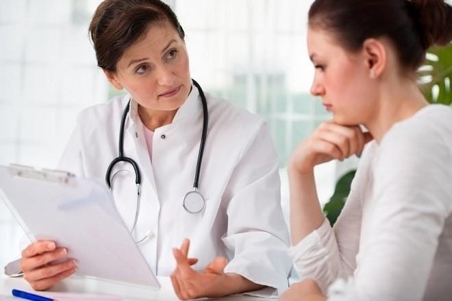 nhờ bác sĩ tư vấn phương pháp điều trị