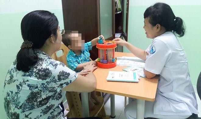 điều trị trẻ tăng động