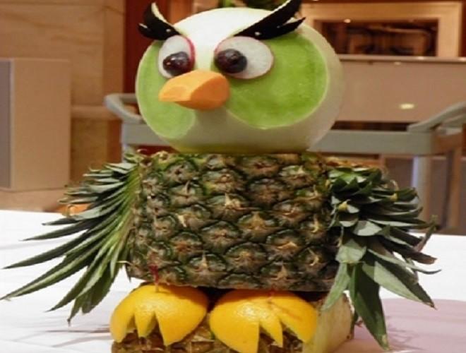 tỉa chim cú mèo cực ngỗ nghĩnh từ hoa quả