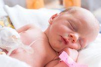 Trẻ sơ sinh bị ngã đập đầu và những nguy hiểm tiềm tàng