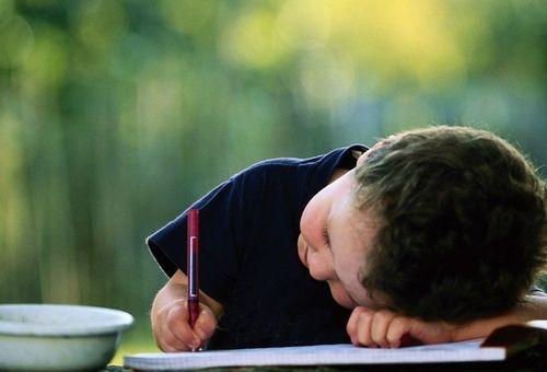 Rối nhiễu tâm lý ở trẻ em - ba mẹ cần quan tâm và can thiệp kịp thời
