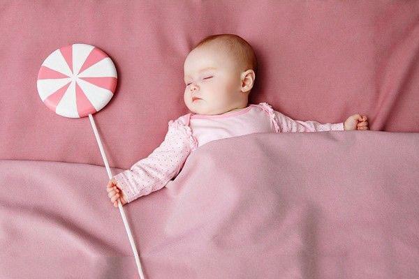 phòng ngủ thông thoáng sẽ hỗ trợ điều trị bé sơ sinh bị sổ mũi
