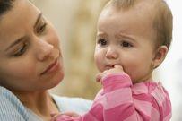 Bé sơ sinh bị sổ mũi và những phương pháp điều trị dứt điểm tình trạng này
