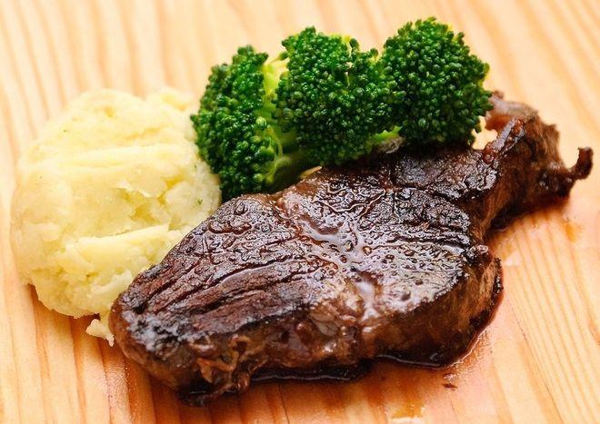 Thịt bò chỉ cần nướng trong 20 phút là vừa ăn