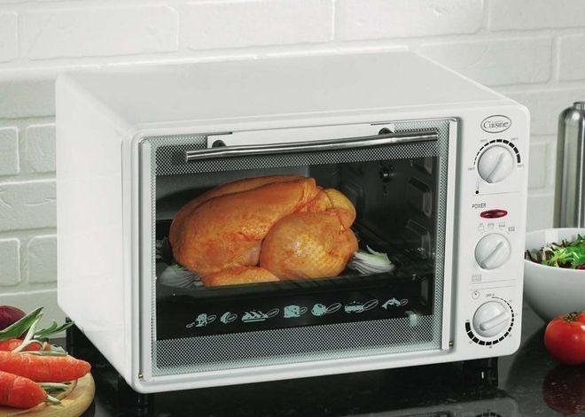 Cho gà vào lò nướng khoảng 1 tiếng