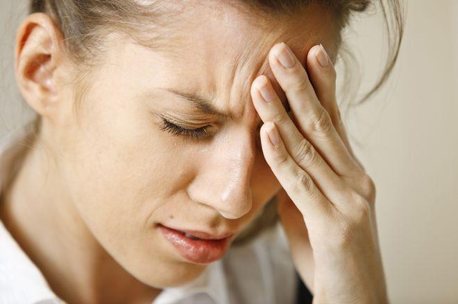 Tuy nhiên đau đầu cũng có thể là dấu hiệu của chứng tăng huyết áp, thiếu máu não
