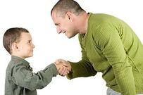Bộ 20 quy tắc ứng xử ba mẹ nhất thiết phải dạy trẻ thuộc lòng