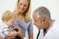 Trẻ sơ sinh bị ho - mẹ nên làm gì để giúp bé?