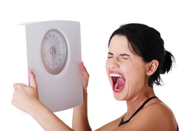 Phụ nữ thường cảm thấy lo lắng về cân nặng khi vào thời kì rụng trứng