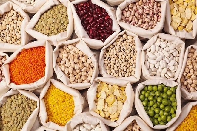 ngũ cốc là nguyên liệu bổ dưỡng để làm bột ăn dặm cho trẻ