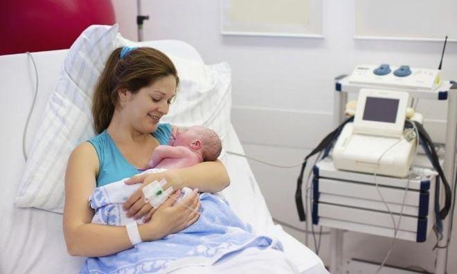 ngày nay các mẹ bầu thường chọn biện pháp sinh mổ khi sinh con