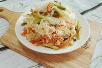 2 cách muối rau bắp cải thơm giòn đúng điệu ăn hoài không chán