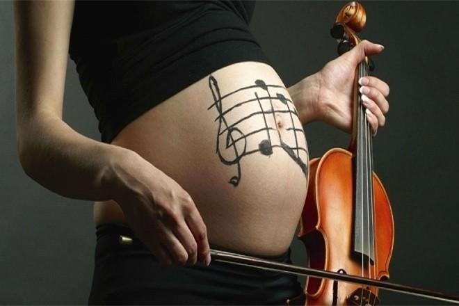 Nhạc cổ điển có tác dụng tích cực và tốt nhất dành cho sự phát triển của thai nhi