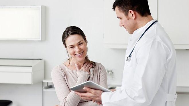 Mẹ bầu nên mua bảo hiểm thai sản