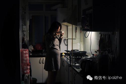 Mẹ bầu đói bụng trong đêm