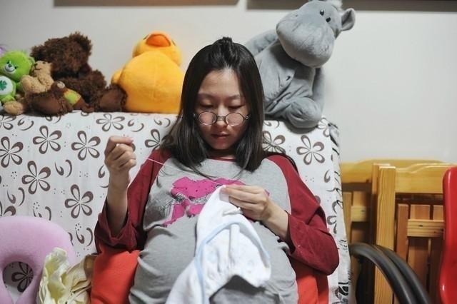 mẹ bầu máy áo cho bé