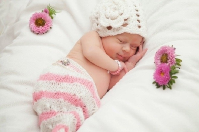 tập thói quen cho trẻ tự đi ngủ một mình