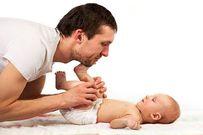 Massage cho trẻ sơ sinh và những lợi ích bất ngờ