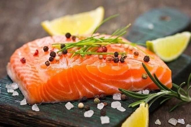 Bà bầu ăn cá hồi sẽ rất tốt cho sức khỏe cho cả mẹ và thai nhi