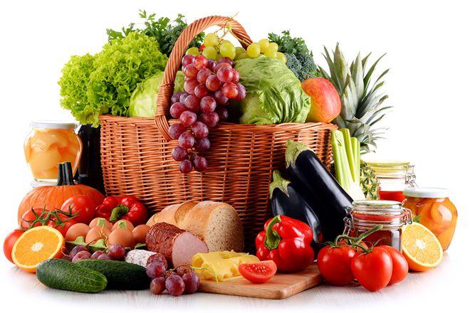 chú ý lựa chọn thực phẩm tươi sạch để chế biến thức ăn dặm cho bé