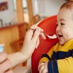 Trẻ 7 tháng tuổi ăn bao nhiêu là đủ theo lời khuyên của chuyên gia