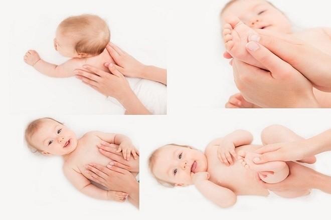 mẹ massage toàn thân cho bé thoải mái