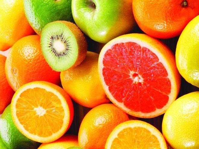 các mẹ nên nhanh chóng bổ sung những loại hoa quả có chứa nhiều vitamin C để tăng cường sức đề kháng