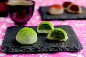 Cách làm Mochi trà xanh đơn giản hấp dẫn cho Trung thu âm áp