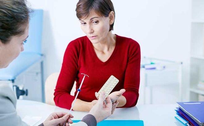 Nghe bác sĩ tư vấn về vòng tránh thai