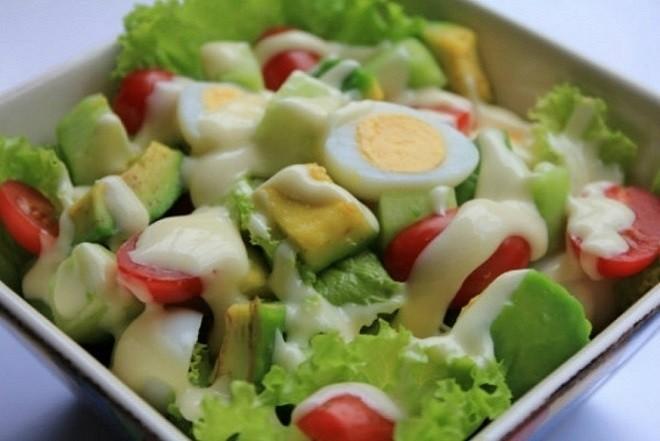salad bơ