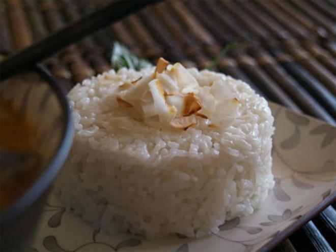 cơm dừa thái lan
