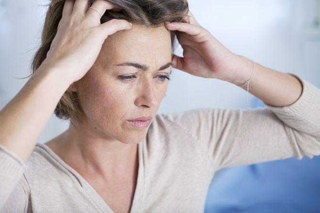 đau đầu ở phụ nữ